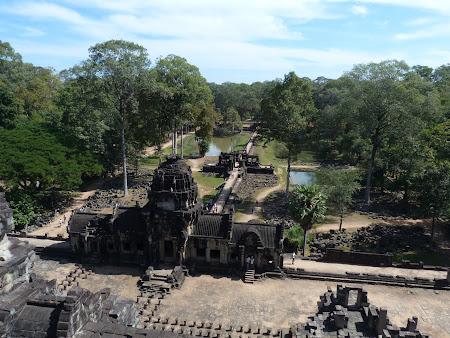 Obiective turistice Angkor: Baphoun Angkor Wat