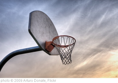 'Hoops' photo (c) 2009, Arturo Donate - license: http://creativecommons.org/licenses/by/2.0/
