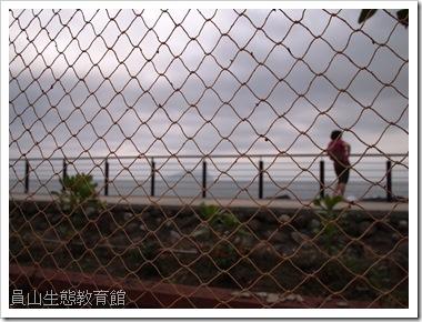 外澳海岸飄逸的漁網