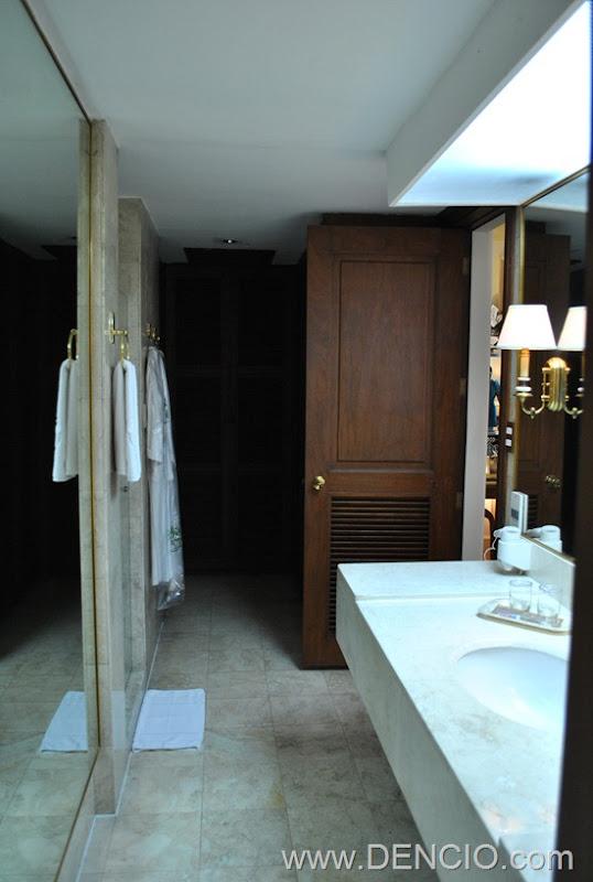 MacArthur Suite 52