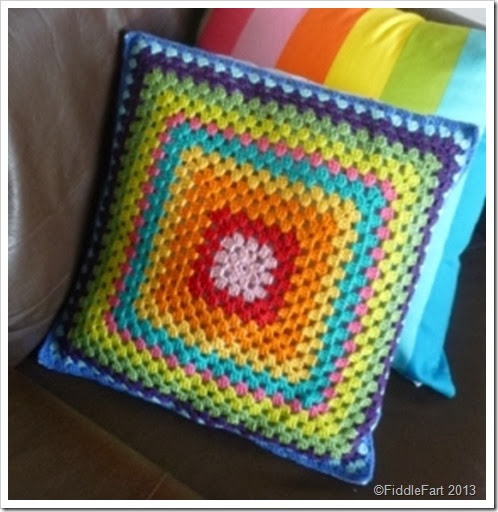 crochet cushion 1 - Copy