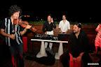Hernán Nunzi y compañía en el sky bar del hotel, con la vista sobre el microcentro de la ciudad porteña. Gentileza: Hotel Pulitzer.