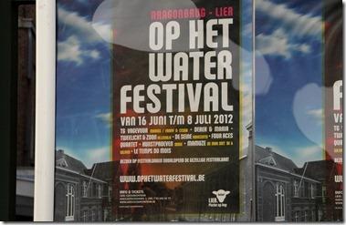 Op het Water Festival 水上祭り?