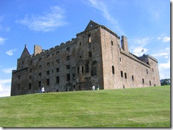 800px-Am_linlithgow_palace_north_west