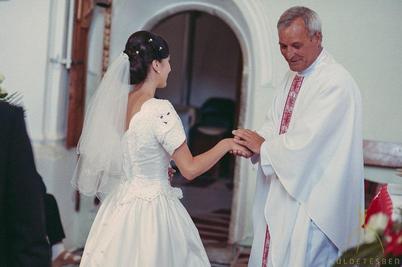 Sipos Szabolcs, Küldetésben, esküvői fotók, jegyesfotózás, riport, életképek, hagyományos székely esküvő, Csíkszentdomokos