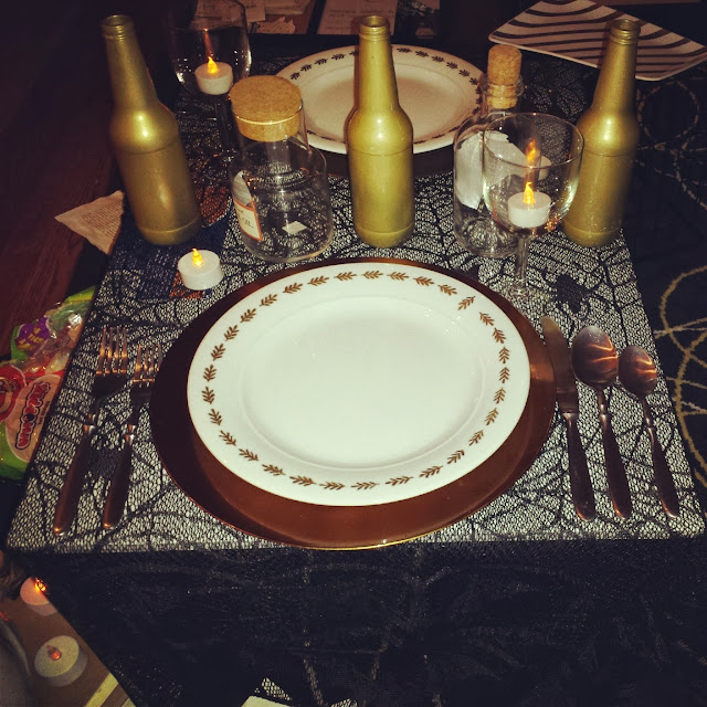 simple halloween place setting