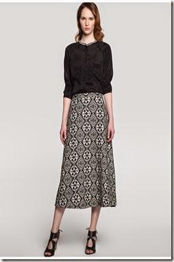 Falda midi estampado jacquard Síntesis 55,95€ buena composición