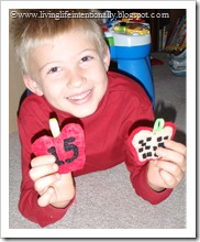 Make your own Sensory Felt Apple Counters 1-16