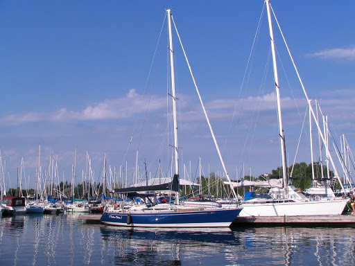 At Etobicoke Yacht Club. C&C 37/40 XL Salazar This is a set of interior and ...