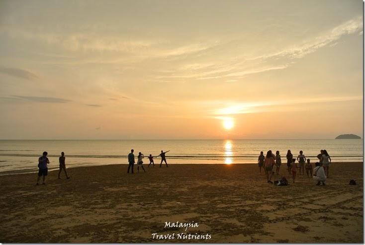 沙巴亞庇丹容亞路海灘夕陽 Perdana Park音樂水舞 (1)