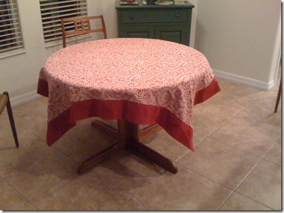flanged tablecloth