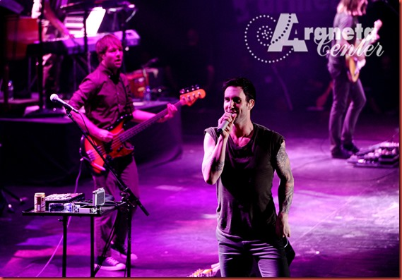 Maroon 5 Photo by Bruce Casanova (3)