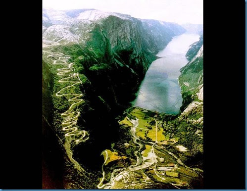 Lysebotn-Road-in-Lysefjord-Norway