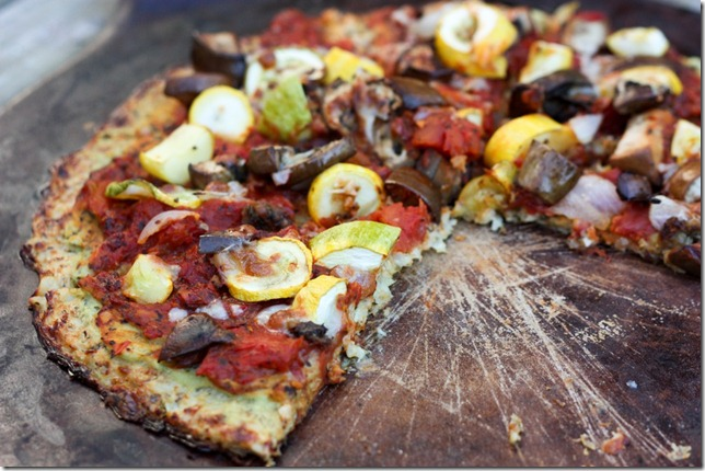 cauliflower-pizza-crust-pizza