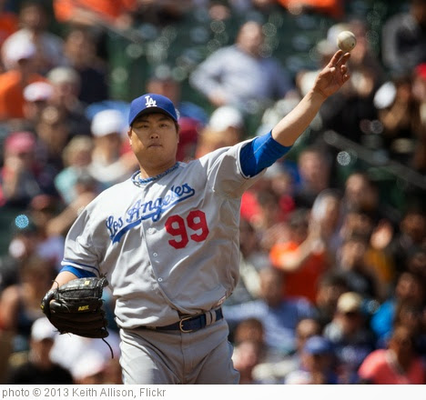 'Hyun-Jin Ryu' photo (c) 2013, Keith Allison - license: https://creativecommons.org/licenses/by-sa/2.0/