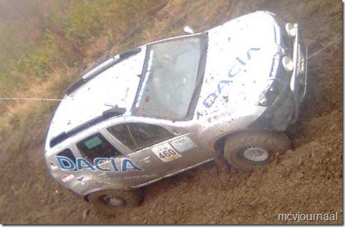 Dacia Duster Terrain 09