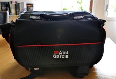 Abu väska 1