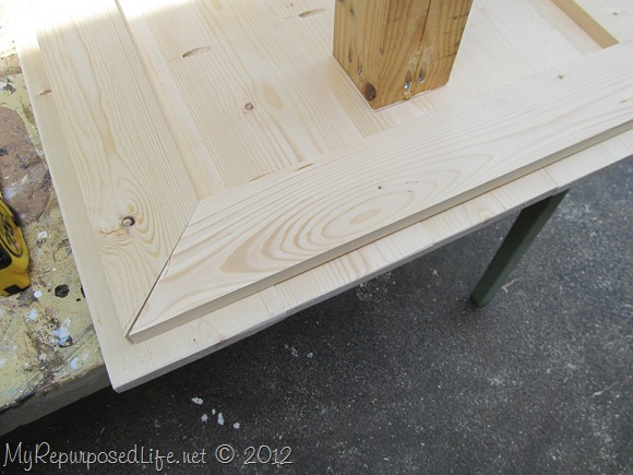 DIY Kids Table (14)
