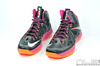 lebron10 floridians 10 web white The Showcase: Nike LeBron X Miami Floridians Throwback
