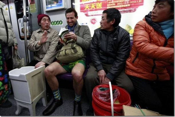 no-pants-subway-ride-27
