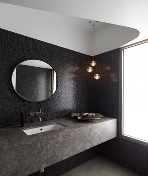 revestimiento-azulejo-negro-en-baño