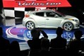 2013-Hyundai-Veloster-Turbo-2