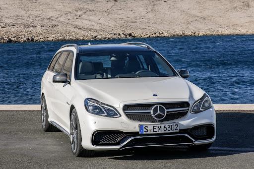 Mercedes-Benz-E-63-AMG-17.jpg