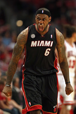 lebron james nba 130510 mia at chi 03 game 3 Heat Outlast Bulls in Physical Game 3 to Lead the Series 2 1