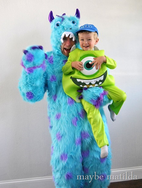 Mike and Sully daddy-son costume duo!