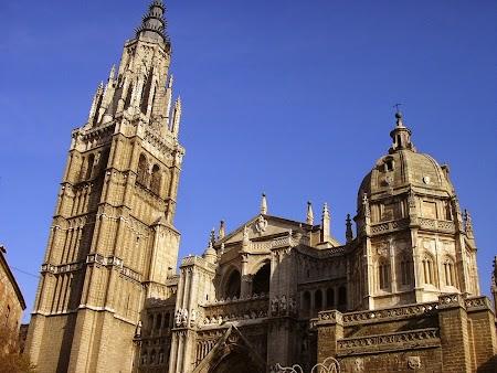 06. Catedrala din Toledo, Spania.JPG