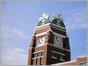 RT-01-Starbucks-01