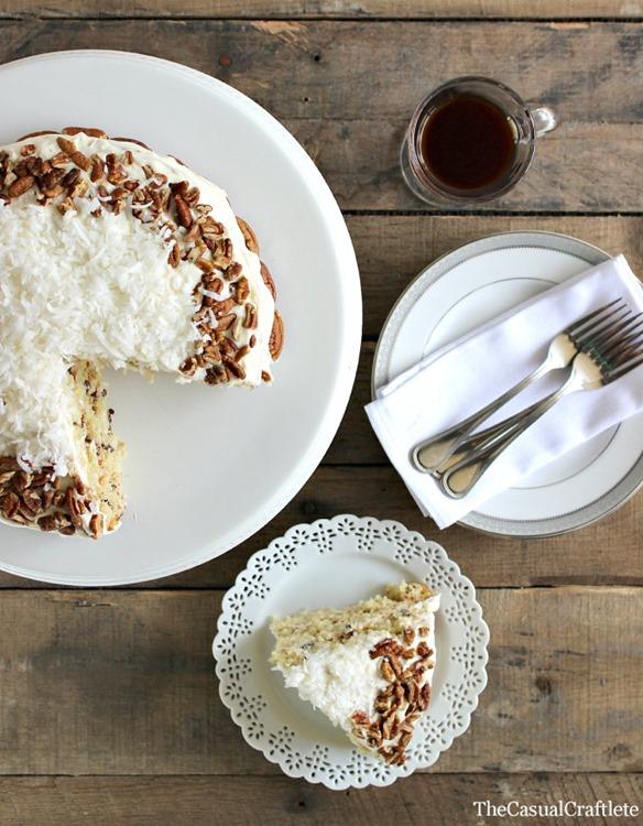 Italian-Cream-Cake-TheCasualCraftlete.com_1