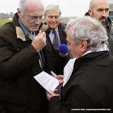Alain Rousset à l'écoute des manifestants anti LGV