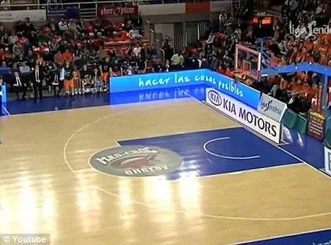 Vitor-Faverani-shot-2