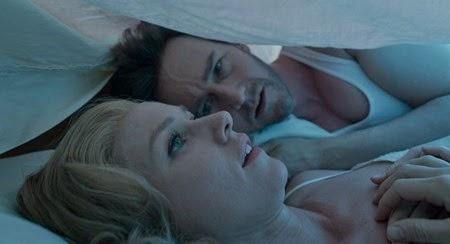 "Edward Norton as ""Mike"" and Naomi Watts as ""Lesley"" in BIRDMAN. Courtesy Fox Searchlight Pictures. Copyright © 2014 Twentieth Century Fox."