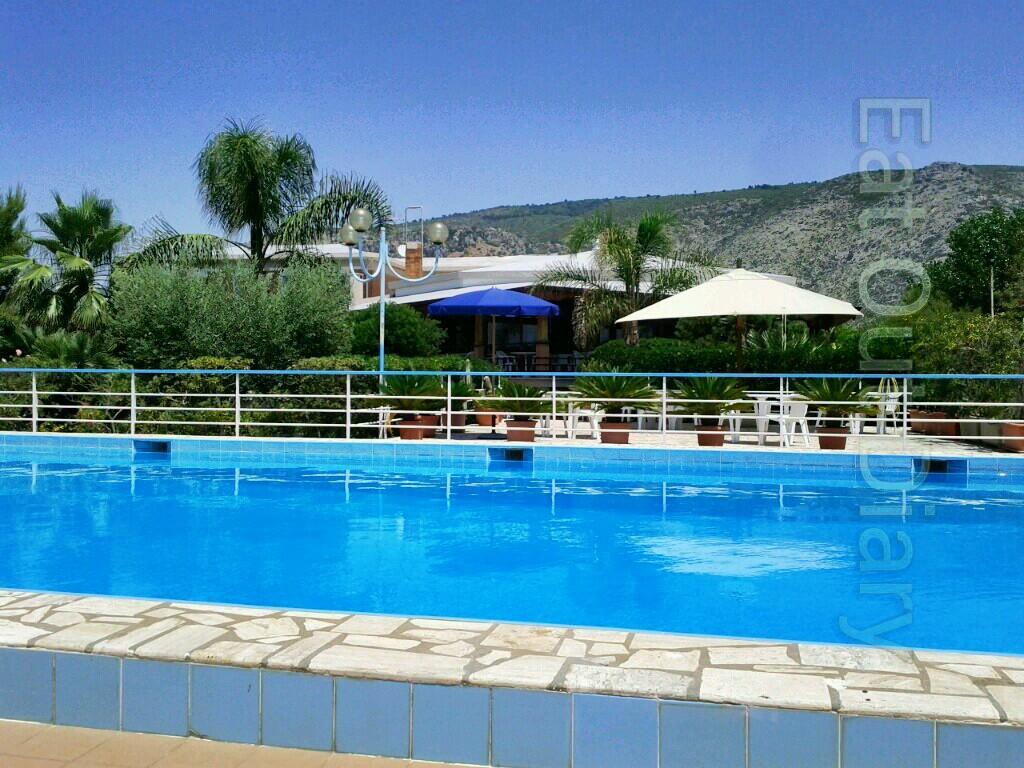 Eat out diary parkhotel fiorelle sperlonga lt - Del taglia piscine chiude ...