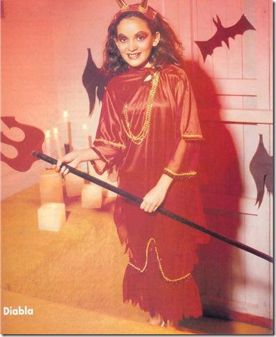 Disfraz casero de diabla para niña con moldes