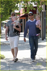 neil-patrick-harris-david-burtka-twins-fathers-day-05