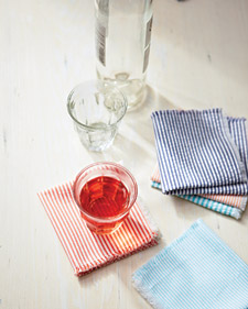 Love these seersucker napkins from Good Things: www.marthastewart.com/goodthings/seersucker-napkins
