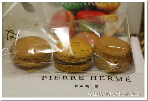 PIERRE HERME MACARONS 2© BUSOG! SARAP! 2011