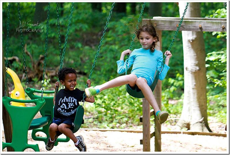 kids-swing-4326