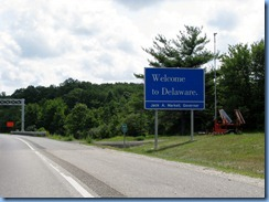 1648 Delaware - Welcome sign - I-95