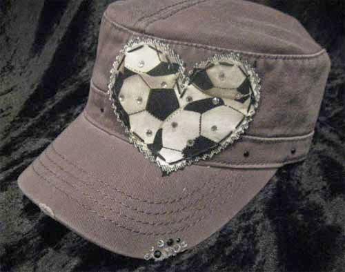 inspiracao-bola-futebol-customizando-bone-2.jpg