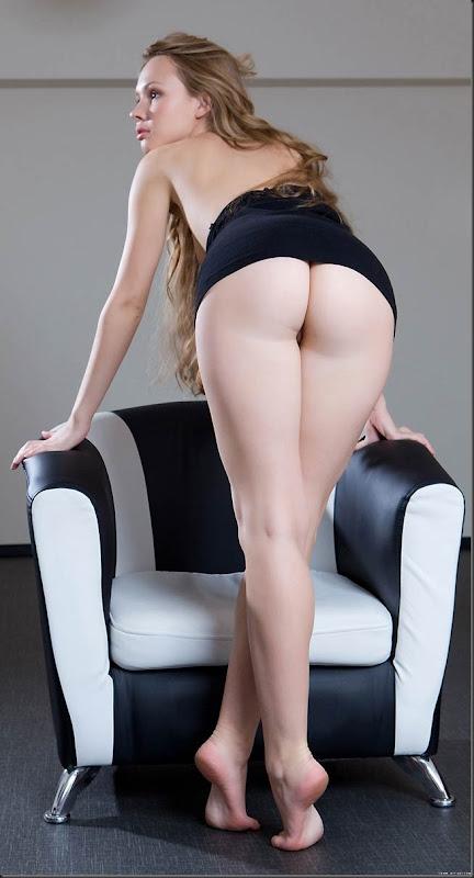 mulher-princesa-pelada-nua-buceta-pussy-04015