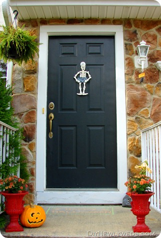 halloween-front-door