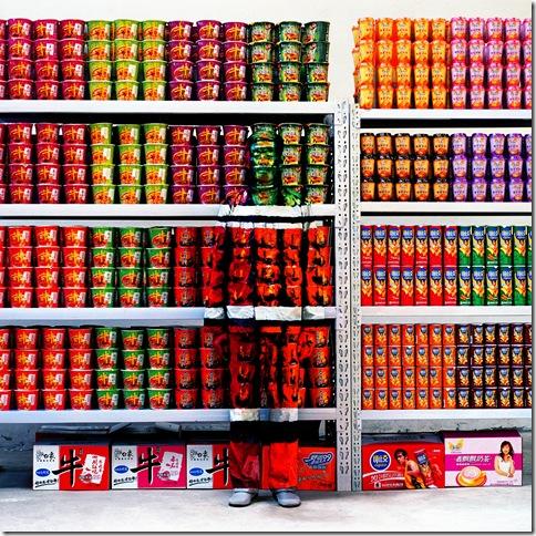 liu_bolin_hitc_no-83_supermarket_2009
