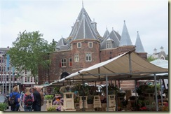 Nieuwmarkt and flower stands (Small)