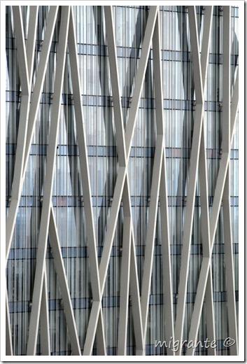 torre diagonal cero - suaves reflejos - barcelona