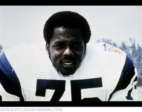 'Deacon Jones NFL HOF Defensive End Passes At 74' photo (c) 2013, Zennie Abraham - license: http://creativecommons.org/licenses/by-nd/2.0/