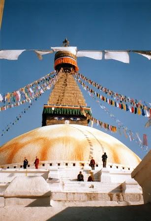 Obiective turistice Nepal: stupa Boudhanath.jpg